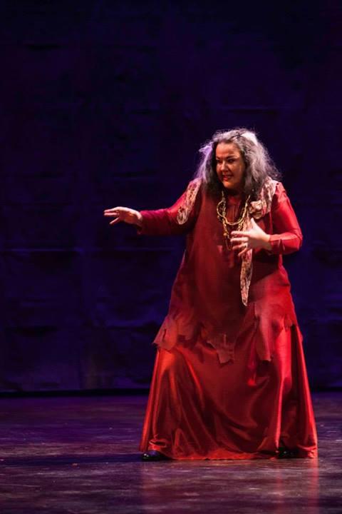 Kristine Dandavino as Azucena in Opera York's Il Trovatore