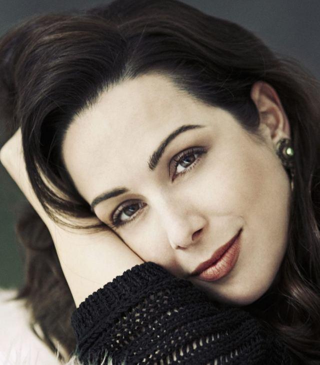Soprano Leslie Ann Bradley (photo: Lisa-Marie Mazzucco )