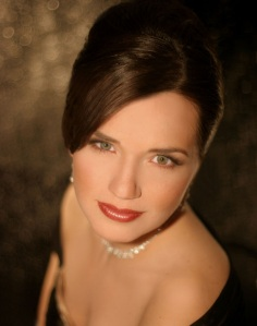 Soprano Kelly Kaduce (photo by Devon Cass)