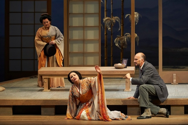 (l-r) Elizabeth DeShong as Suzuki, Patricia Racette as Cio-Cio San and Dwayne Croft as Sharpless in the Canadian Opera Company production of Madama Butterfly, 2014. Photo: Michael Cooper