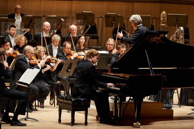 TSO Nov 20, 2014 Thomas Dausgaard, conductor and Jan Lisiecki, piano (photograph: Malcolm Cook)