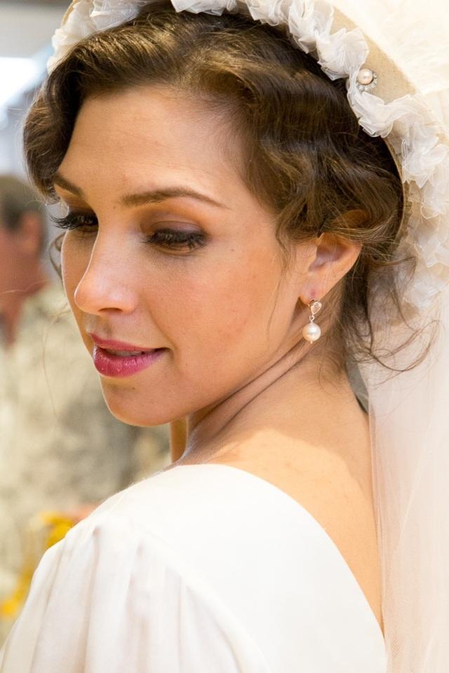 Susanna (Sasha Djihanian)
