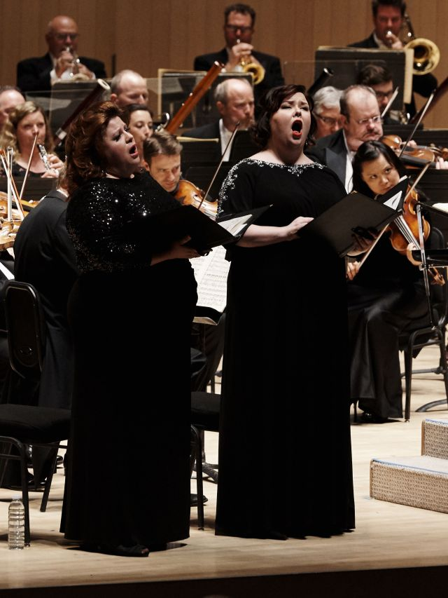 Amber Wagner and Jamie Barton, with the Toronto Symphony (Photo: Malcolm Cook)