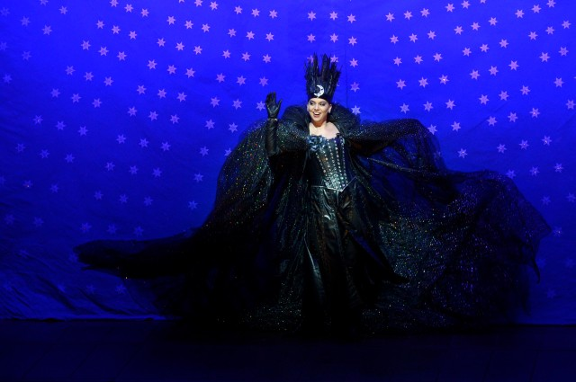 Ambur Braid as the Queen of the Night in the Canadian Opera Comp