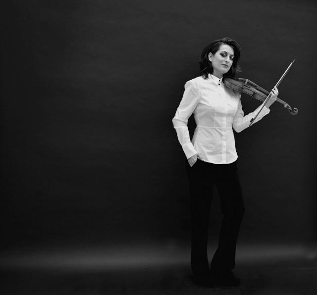 RESIZED_Tafelmusik_MusicDirectorDesignate_Elisa_Citterio-01-HighRes-Credit-Monica-Cordiviola